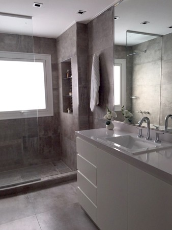 http://www.juaneiras.com.ar/files/gimgs/th-25_JURAMENTO-baño-01.jpg